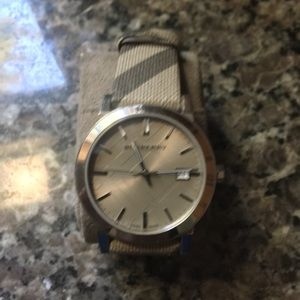 Burberry Watch UniSex
